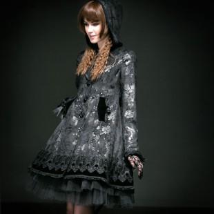 Gothic Lolita Black Rose Coat