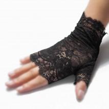 Gothique lace mittens